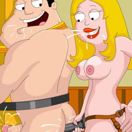 Nude Dominatrix Francine Smith Loves Pegging